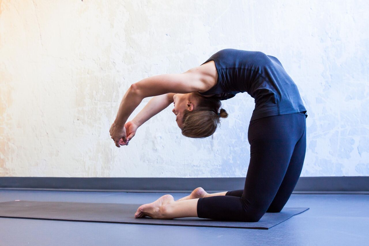 Грациозная, но сложная для выполнения: поза царя танцев натараджасана в йоге