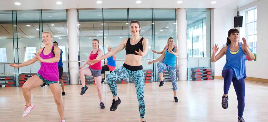 Аэробика для похудения дома: комплекс упражнений для начинающих