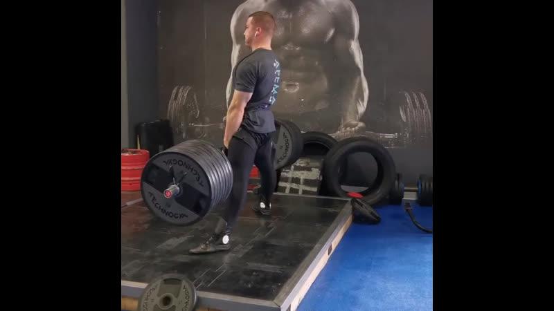 Становая тяга: 8 вариантов упражнения, которые стоит попробовать всем