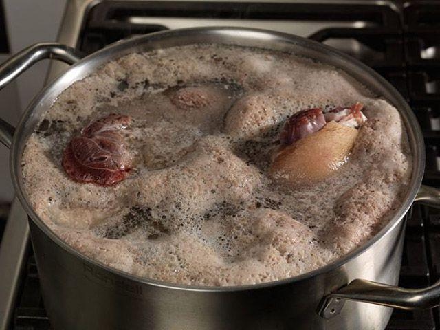 Когда сливать первый бульон? / поваренок