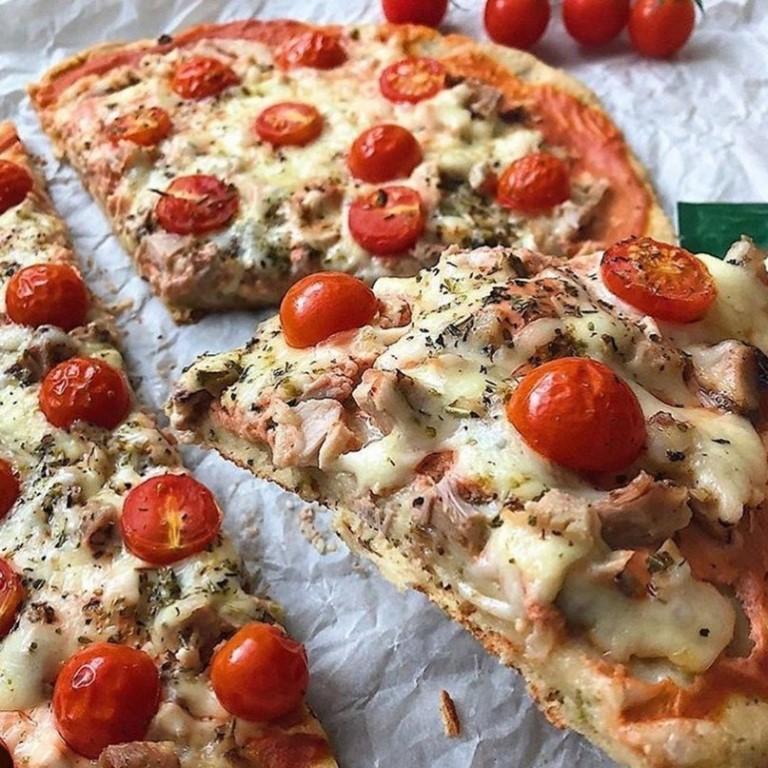 Диетическая пицца из куриного фарша    esh-i-khudei.ru