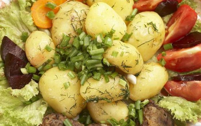 В чем польза  и вред картофеля для здоровья человека