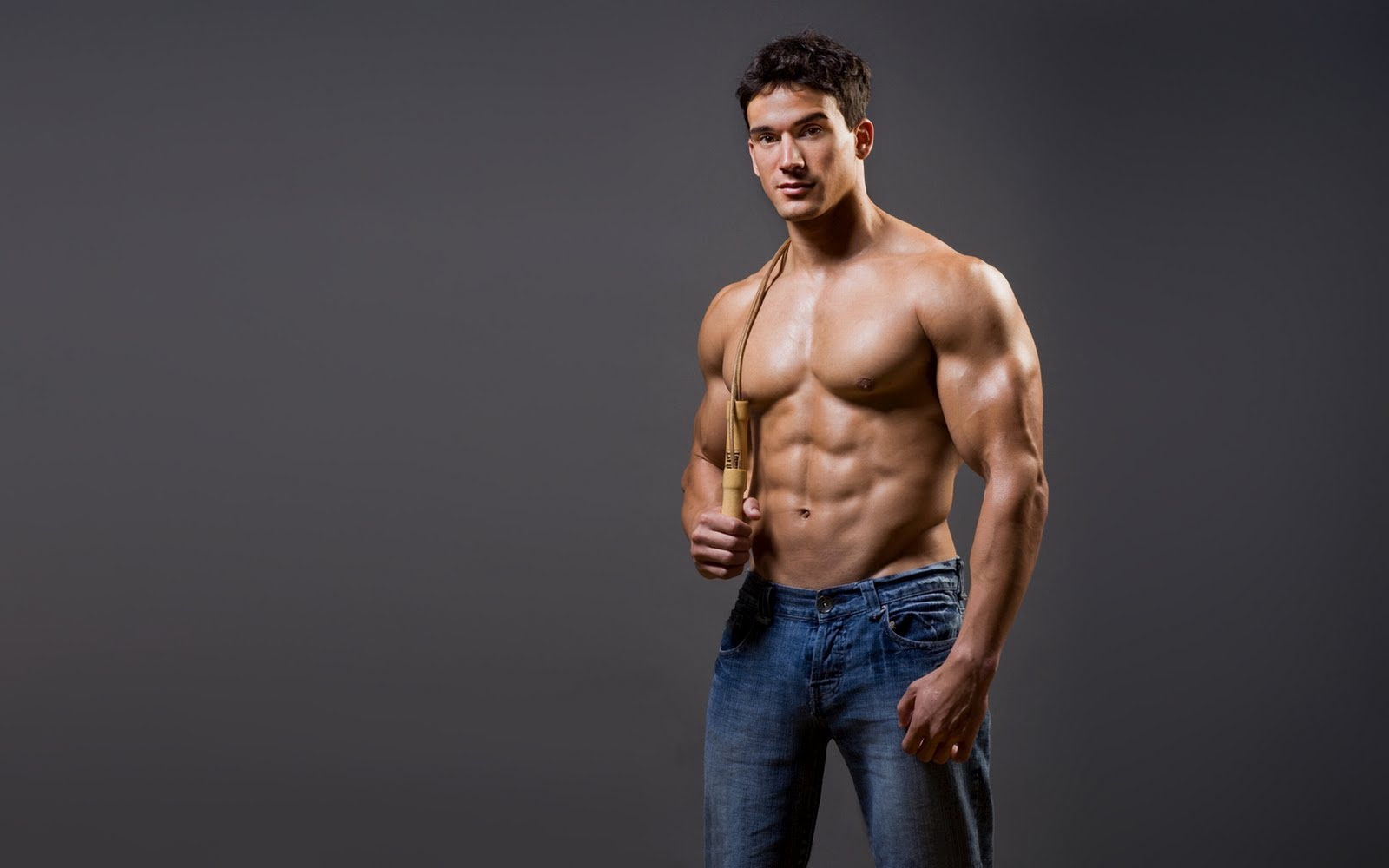 Исследование показало, что женщины на самом деле ищут в партнере, и это не деньги или мускулистое тело
