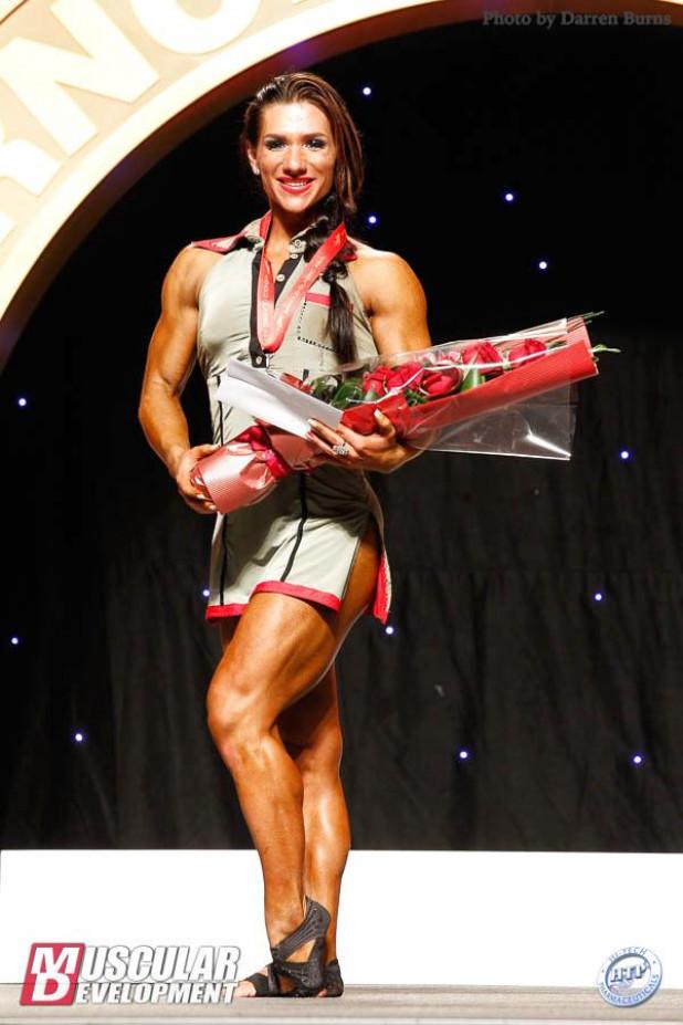 Звезда инстаграма с роскошными формами яришна айала завоевала престижный титул в профессиональной карьере