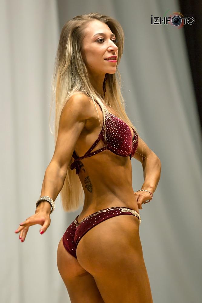 Позирование в фитнес бикини обучение: категории, параметры и требования к участницам