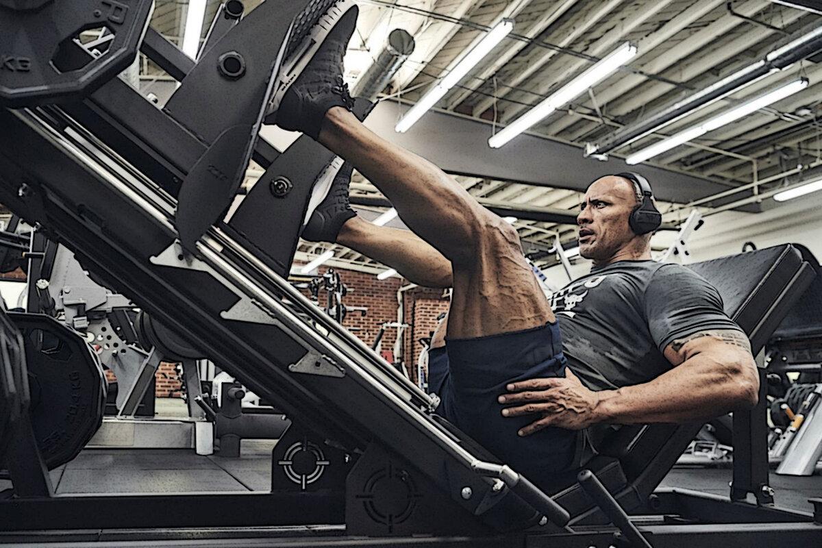 Сколько жмет дуэйн джонсон: рост и вес, рацион питания по дням + программа тренировок скалы