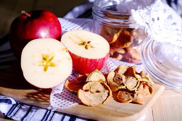 Полезные рекомендации, как убрать воск с яблок и почему это делать необходимо