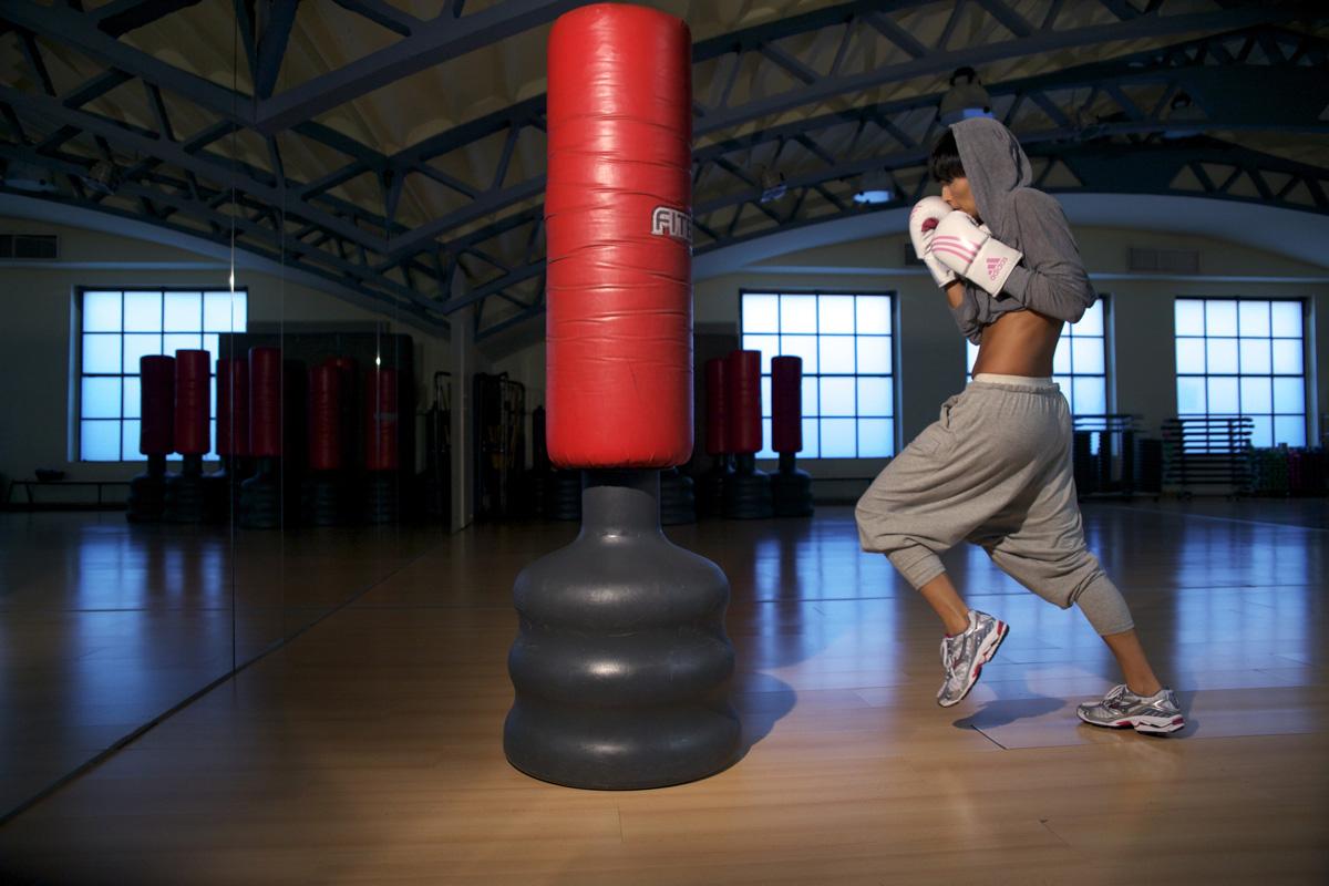Бокс домашние тренировки - домашние тренировки по боксу онлайн, hiit тренировки, кардио бокс, фитнес бокс.