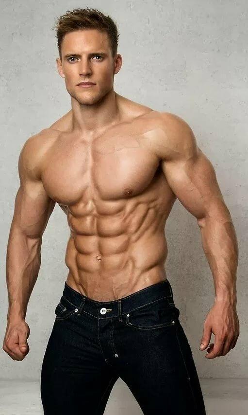Мускулистое тело – главное оружие современных мужчин