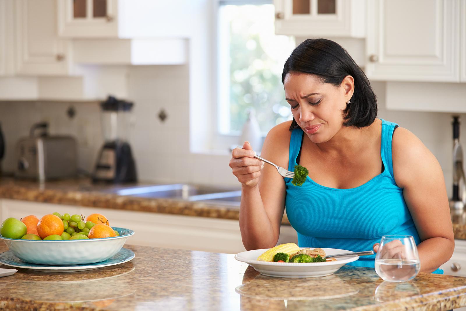 Вред диет: 5 самых опасных методов похудения | wmj.ru