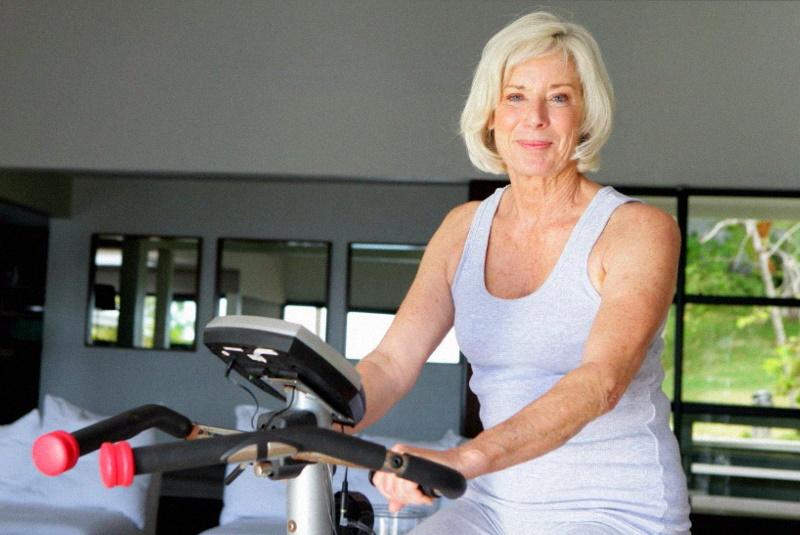 Похудение после 50 лет: с правильным питанием и двигательной активностью нет ничего невозможного