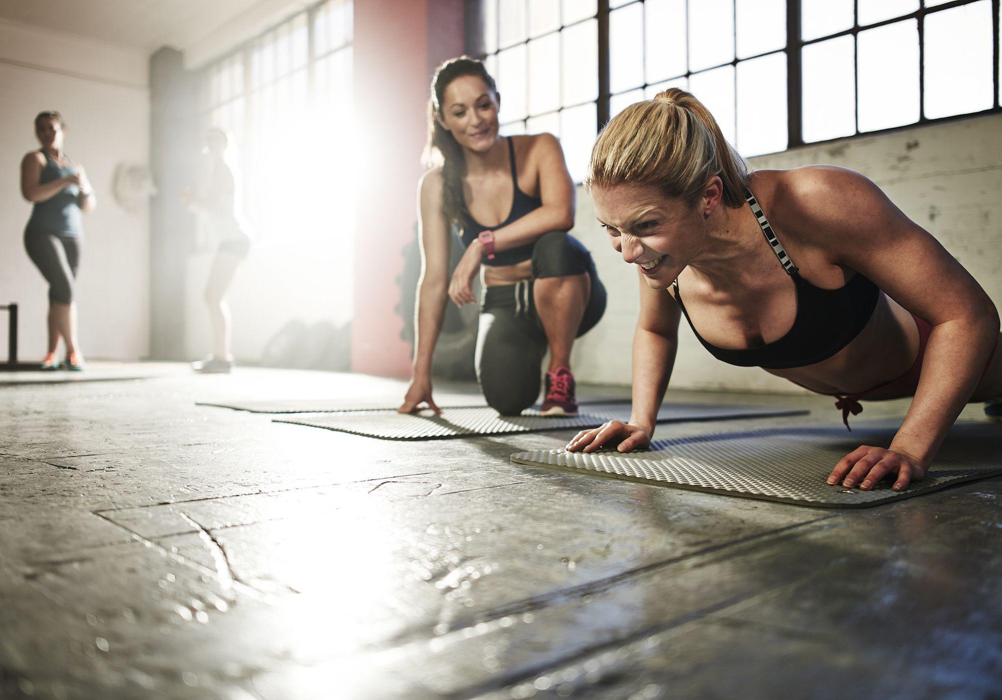 Как вернуться к фитнесу после перерыва :: как правильно ::  «живи!