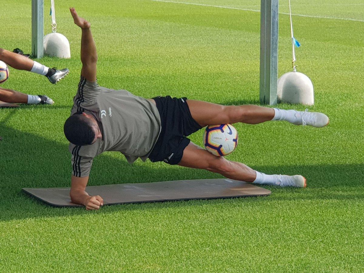 Роналду на базе. как тренируется криштиану