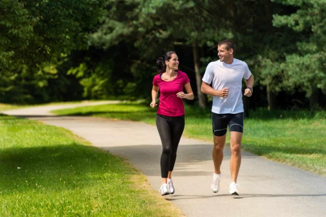 Бег - все за и против: плюсы и минусы от тренировок