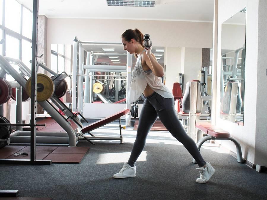 Похудение в спортзале - комплексы тренировок и упражнений для мужчин или женщин с видео