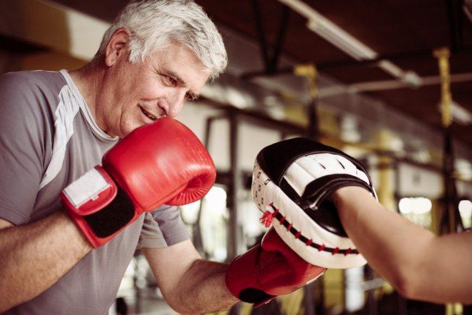 Можно ли качаться и заниматься боксом?