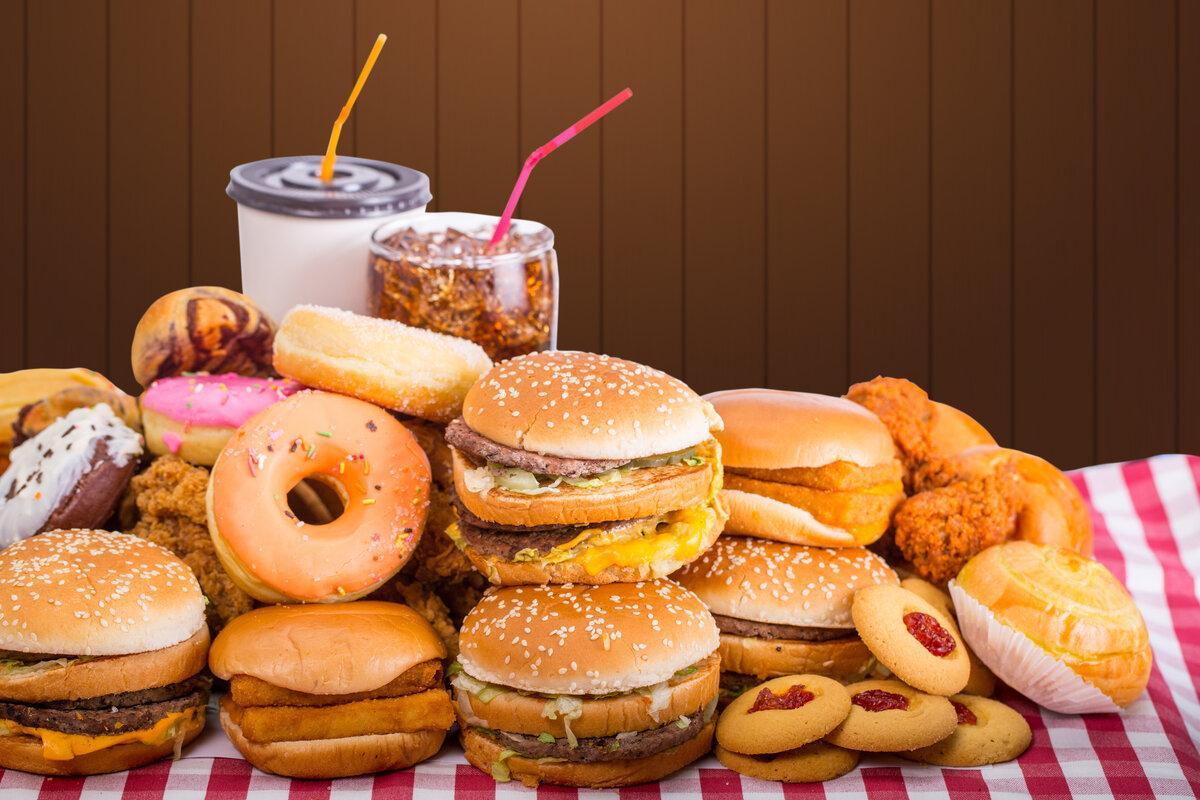 Какие продукты нельзя кушать. список 10 самых вредных продуктов