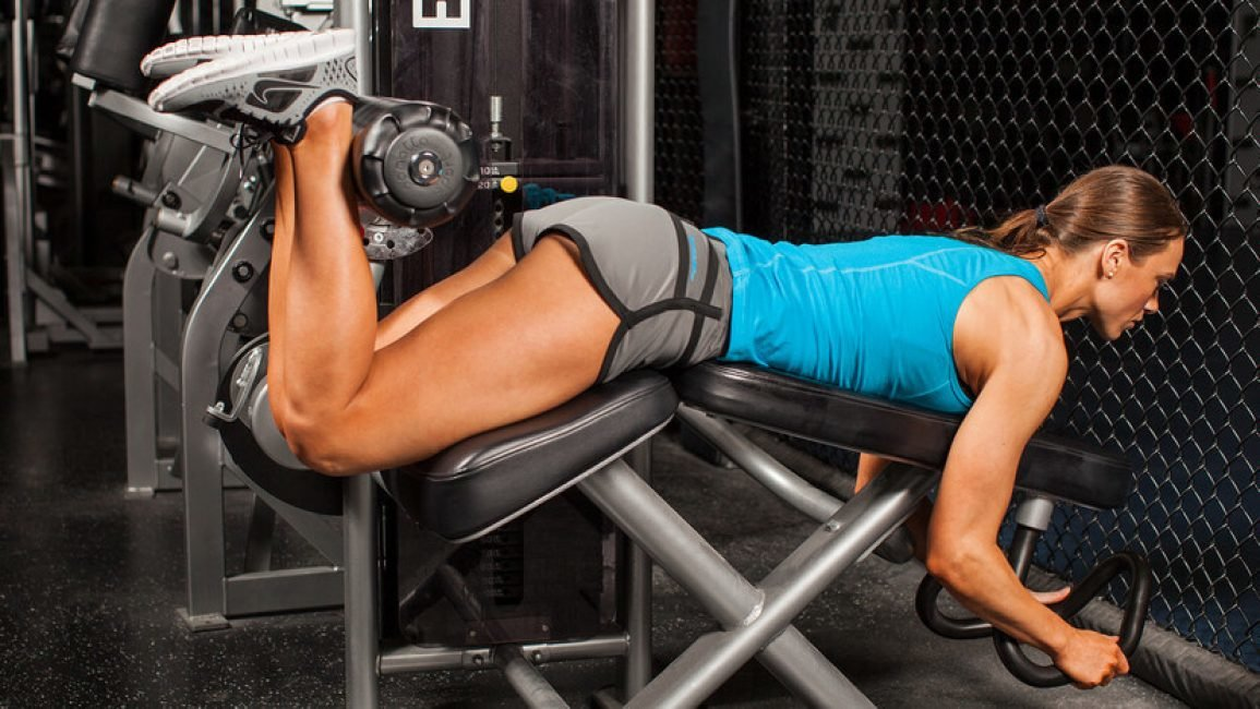 Лучшие упражнения для ягодиц в тренажерном зале для девушек, программа тренировок
