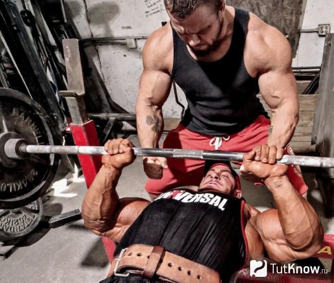 Сколько должна длиться тренировка для похудения, силы, набора массы дома и в зале
