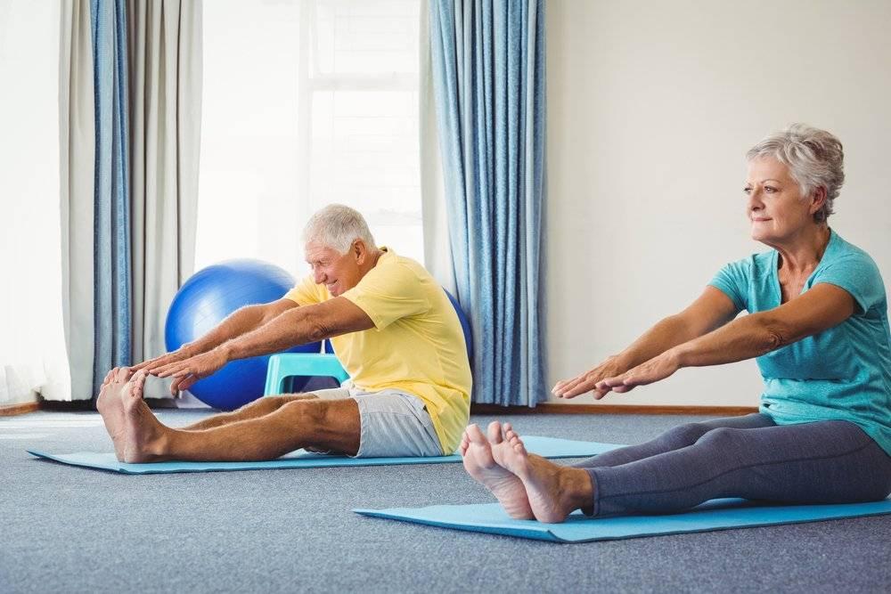 Упражнения для суставов: лечебная гимнастика для ног и кистей рук