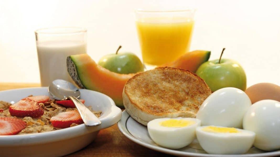 Что нельзя есть на завтрак при похудении и что можно: чем завтракать на пп, список продуктов