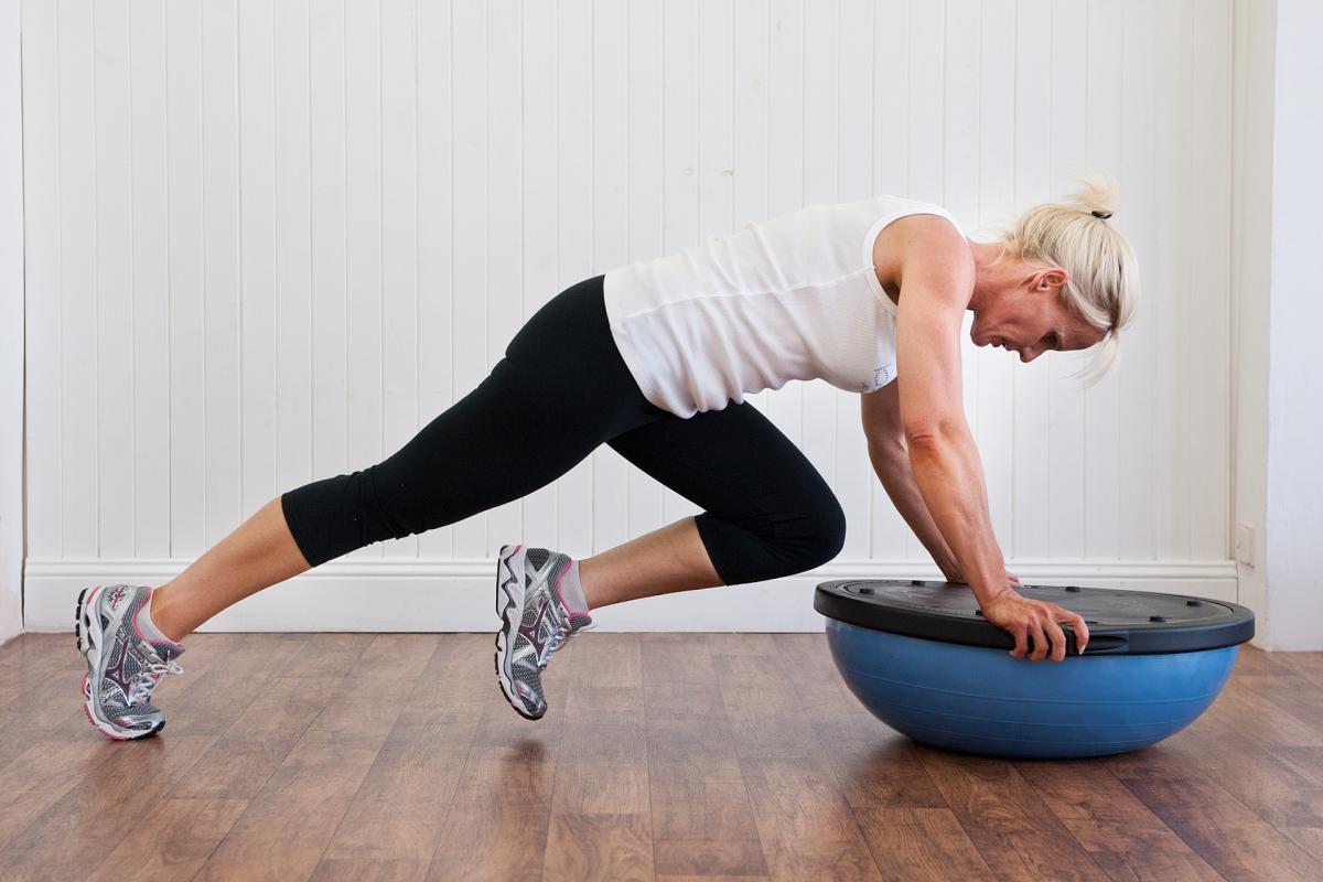 Bosu: что это, плюсы и минусы. 15 лучших упражнений.