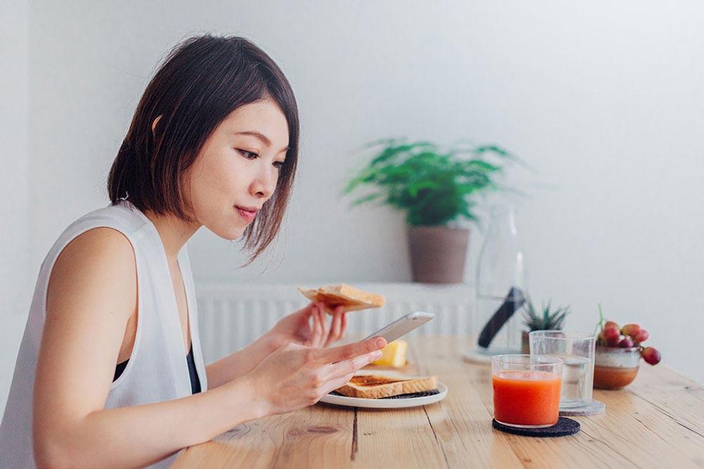 Нужно ли завтракать по утрам. польза завтрака для организма человека или вред завтрака
