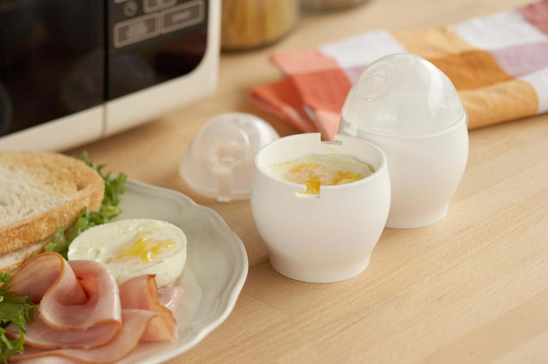 Как приготовить яйца всмятку: сколько варить, чем есть