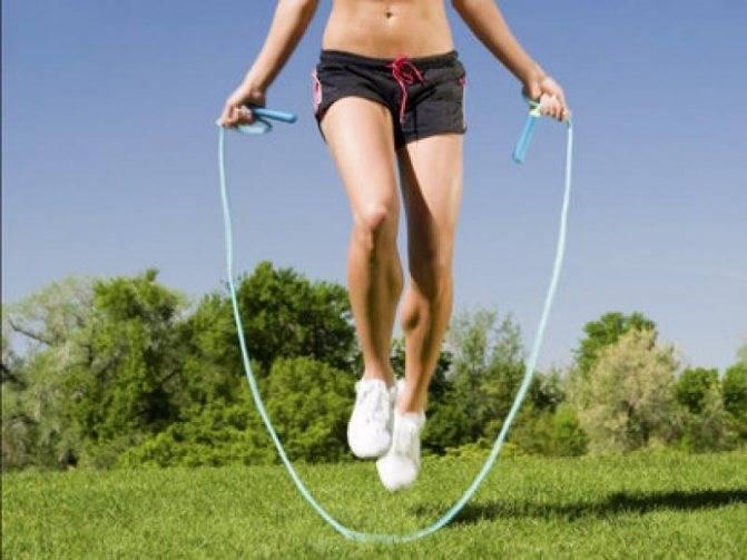 Прыжки на скакалке упражнения, советы, рекомендации профессионалов - по секрету