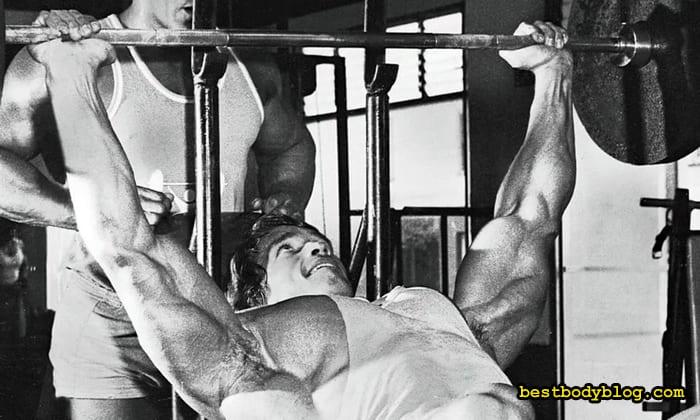 Железный арни – такой ли железный? какие операции арнольду шварценеггеру пришлось перенести на протяжении жизни