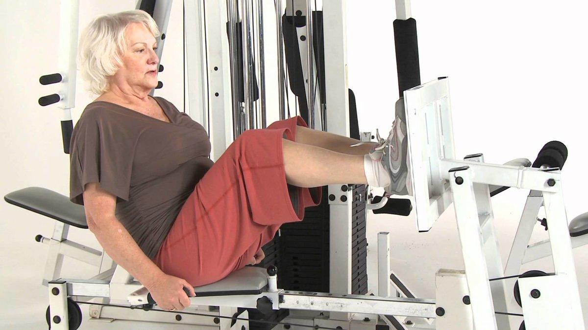 Худеть и молодеть: упражнения для женщин 55+ :: тренировки ::  «живи!
