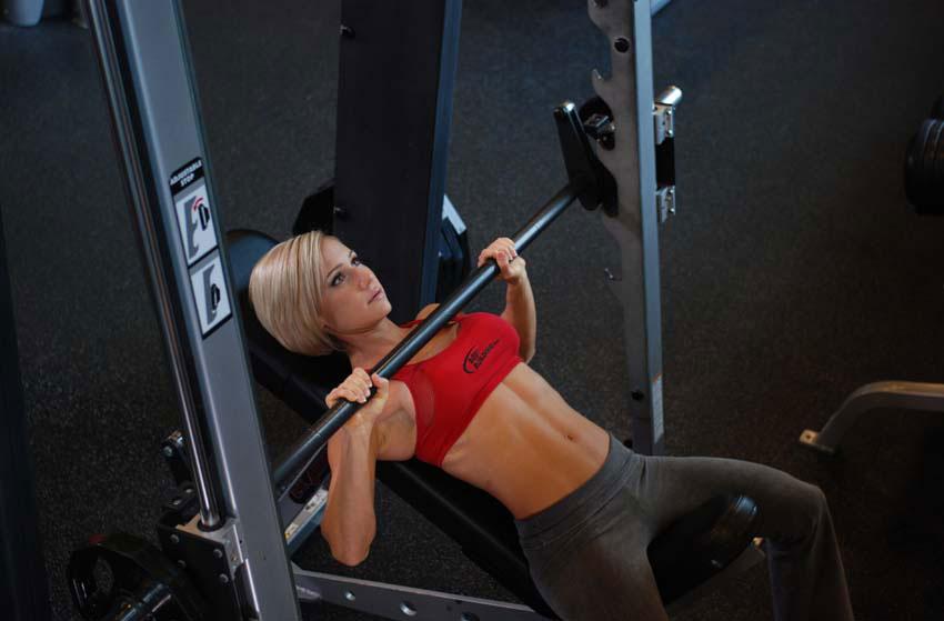 Тренировочный план для женщин, часть №3: грудь.