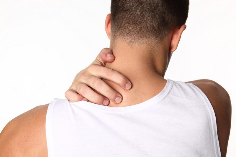 Болит шея: продуло, или боль в шее имеет другую причину? лечение боли в шее