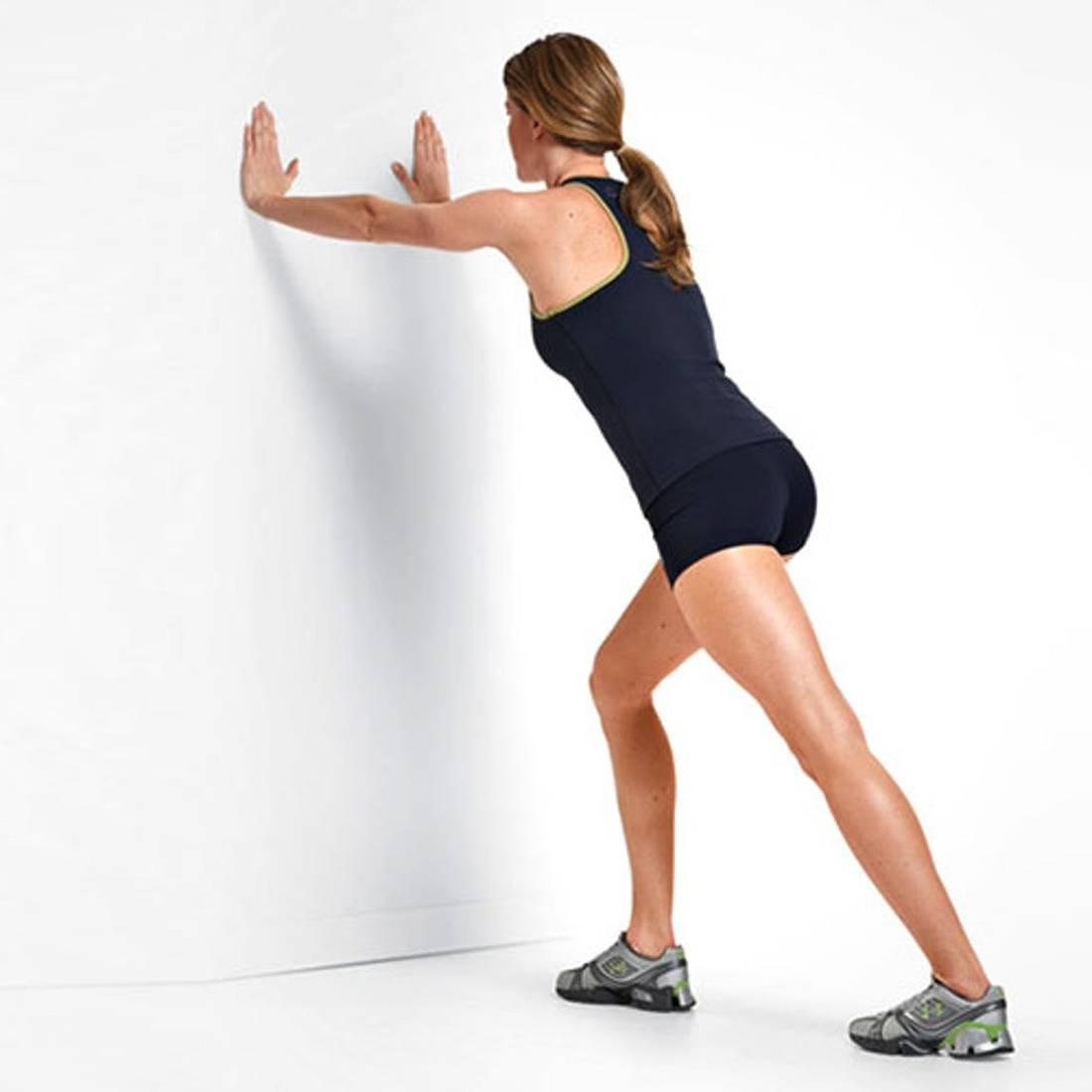 Растяжка икроножных мышц в домашних условиях: упражнения для расслабления
