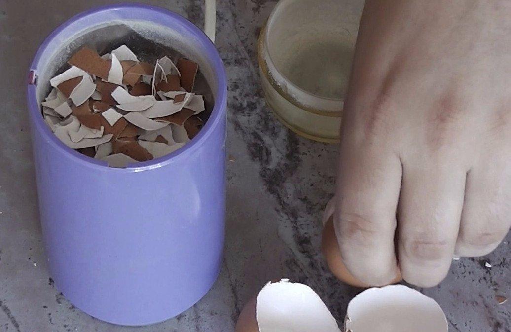 Какова польза яичной скорлупы для красоты и здоровья человека и возможен ли вред от её применения - как правильно принимать продукт и в каких случаях это делать