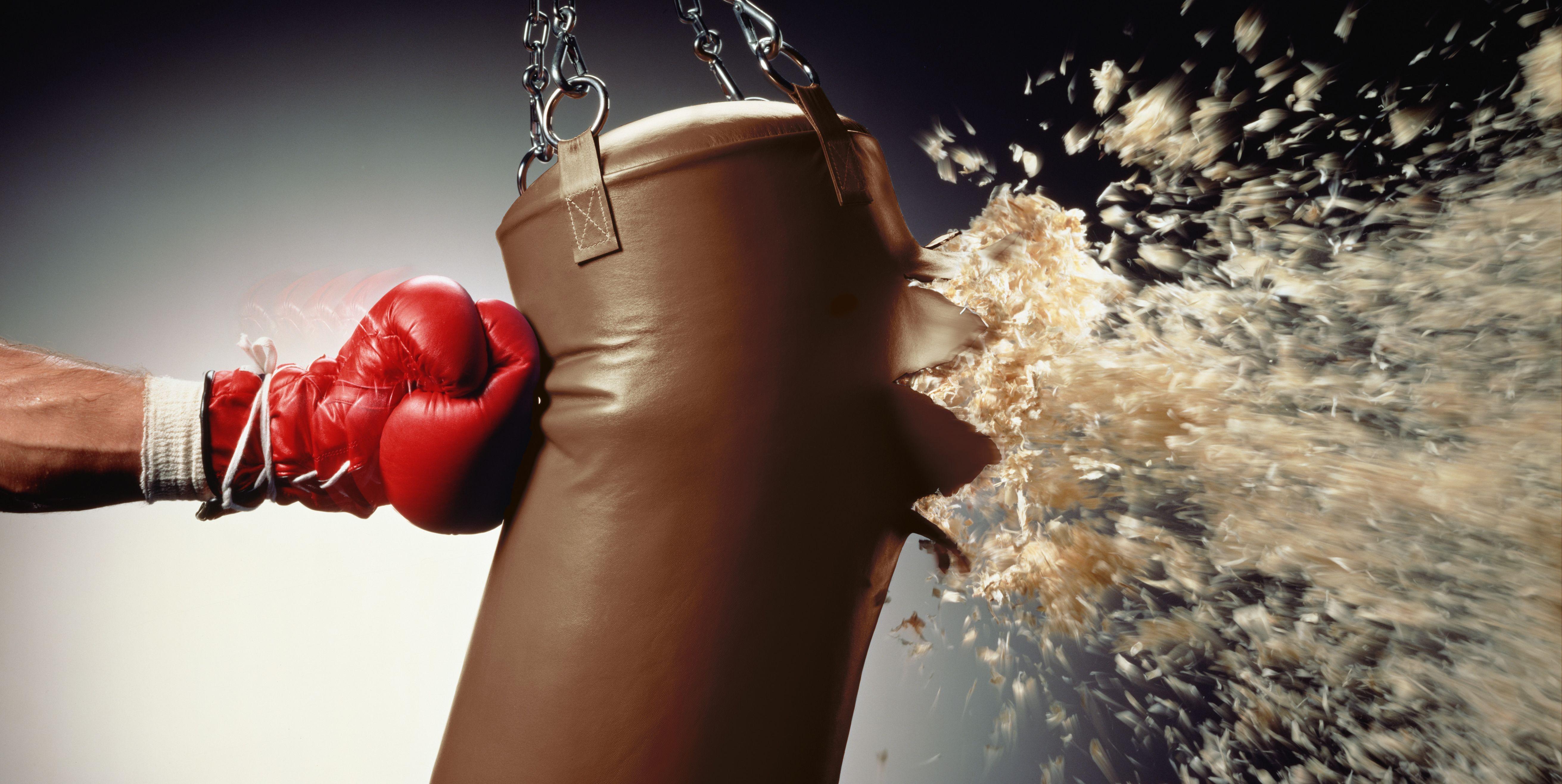 Сколько унций брать боксёрские перчатки?