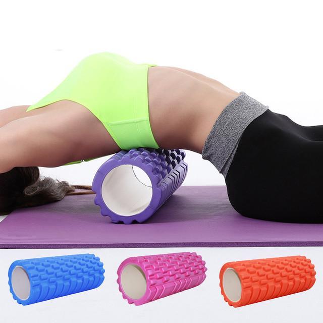 Упражнения с валиком для спины из полотенца