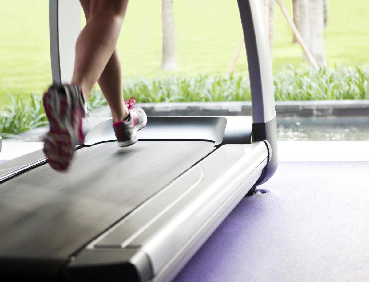 Ходьба на беговой дорожке — sportfito — сайт о спорте и здоровом образе жизни
