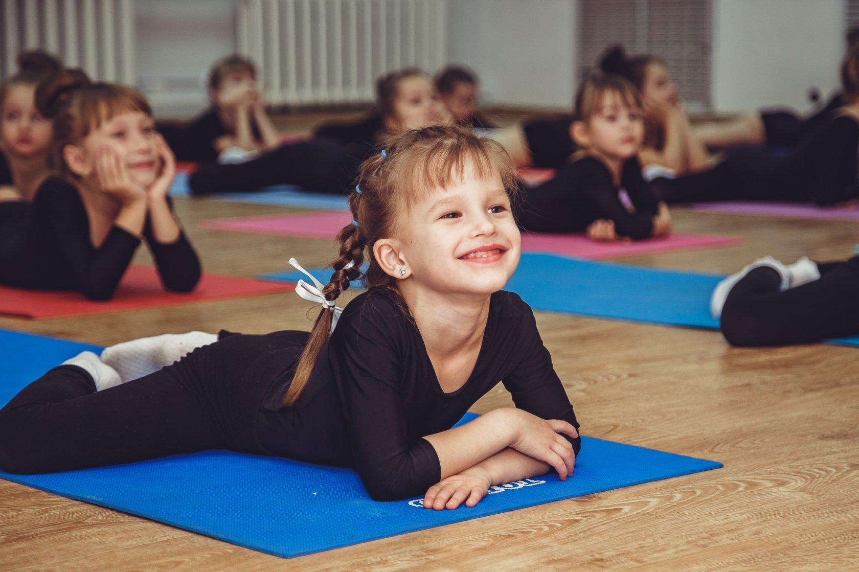 Игровой стретчинг в детском саду — физинструктор.ру