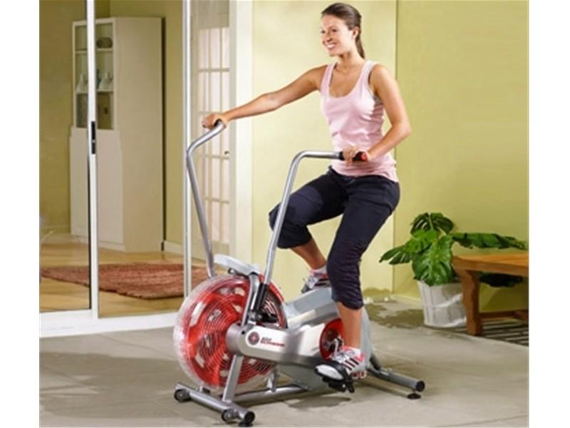 Велотренажер - какие мышцы работают