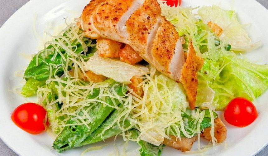 Как вресторане— три изысканных блюда, которые легко приготовить дома— суп изморепродуктов / нв
