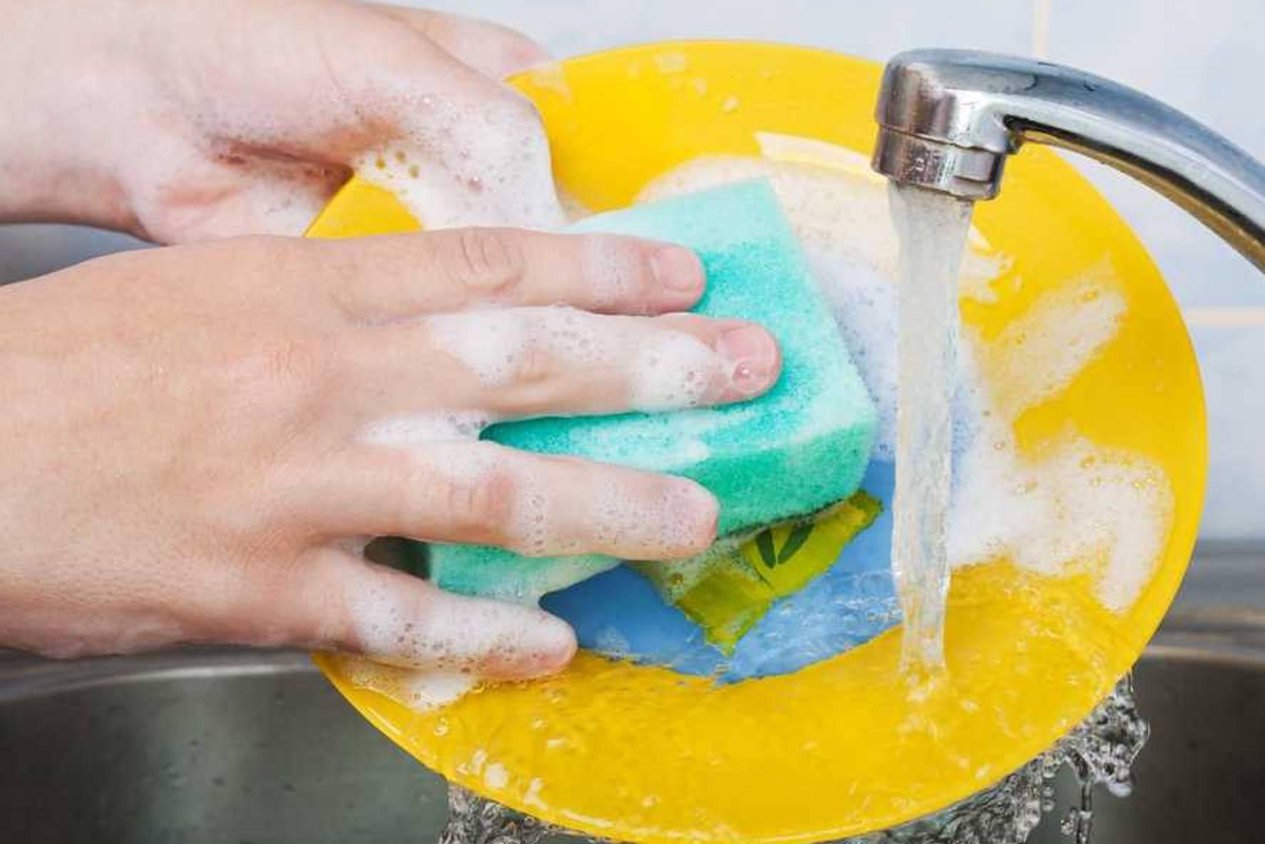 Почему мытье посуды успокаивает нервы?  - здоровье и медицина - вопросы и ответы