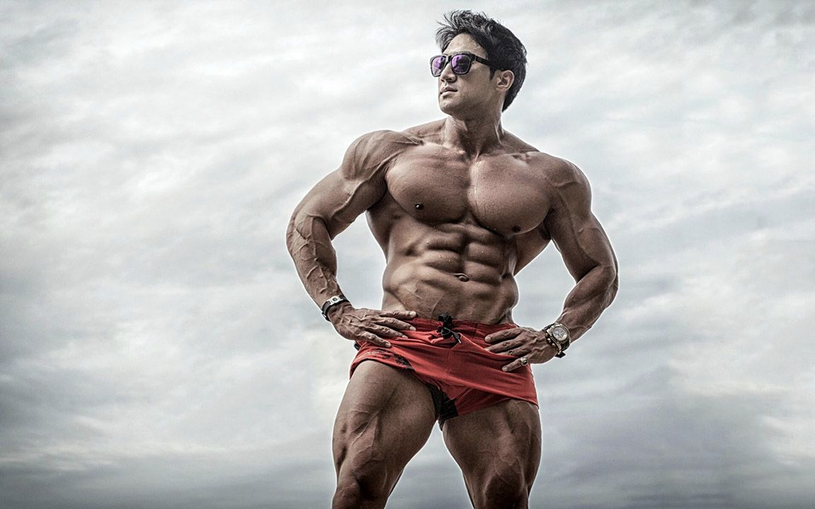 Hwang chul soon: korean bodybuilder and fitness model
