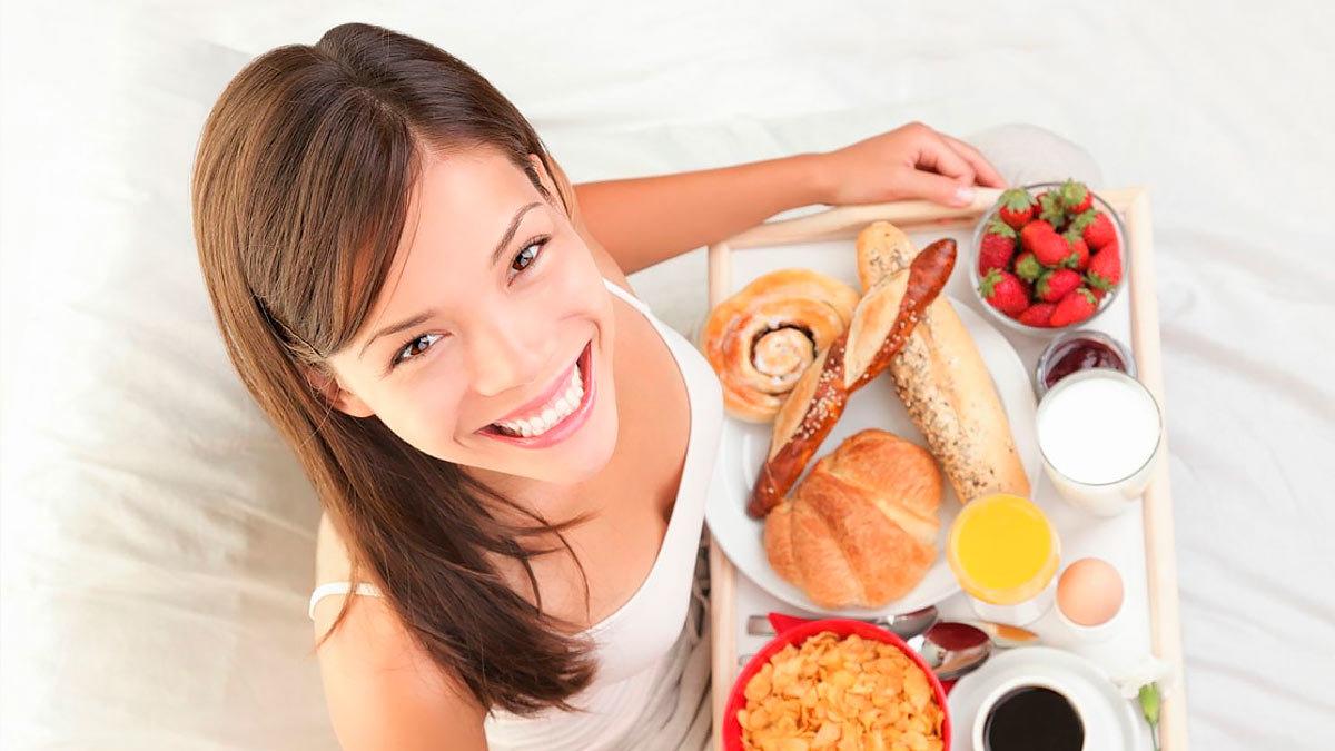 Завтраки и перекусы не помогают похудеть