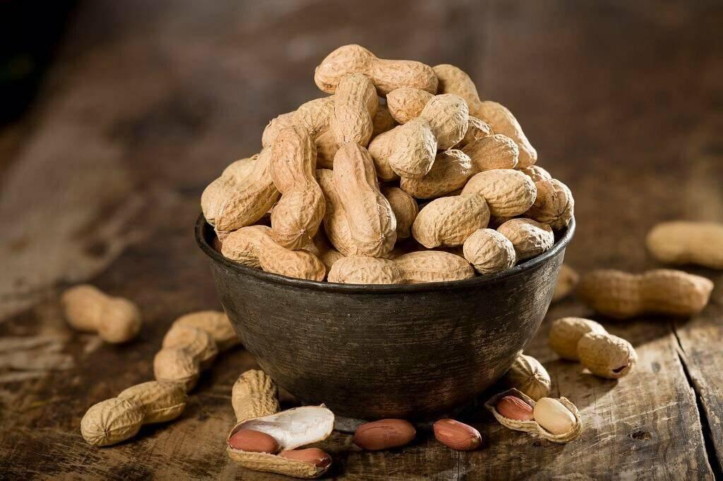 10 орехов, полезных для сердца и сосудов – какие из них нужно включить в свой рацион: грецкие, миндаль, арахис и другие