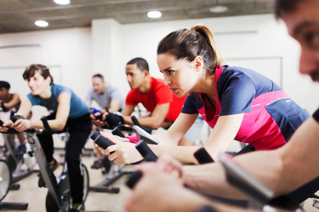 Крутим педали: велотренировка для похудения, выносливости и здоровья сердца