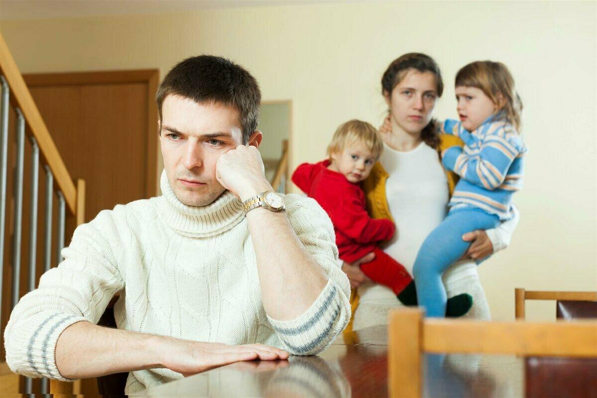 С какого возраста можно жить отдельно от родителей?