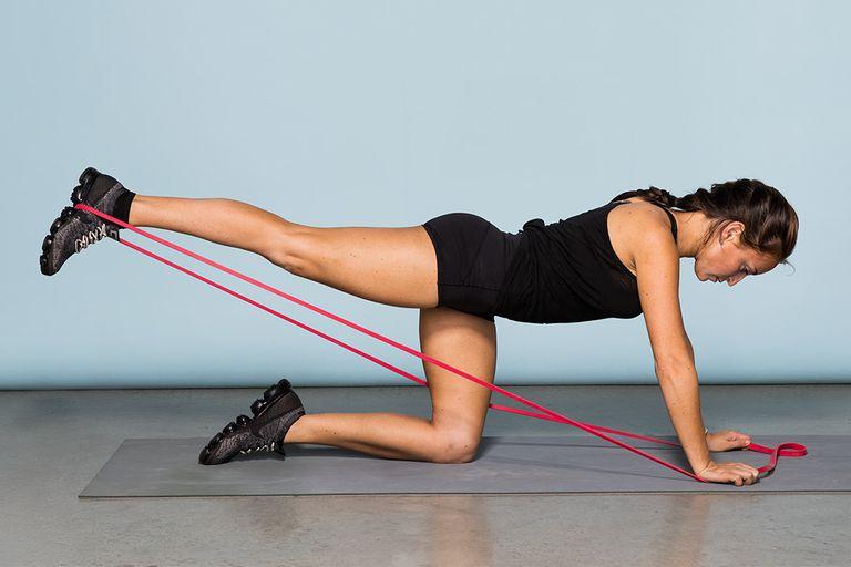 Как накачать мышцы ноги: какие выбрать упражнения и как их правильно выполнять?