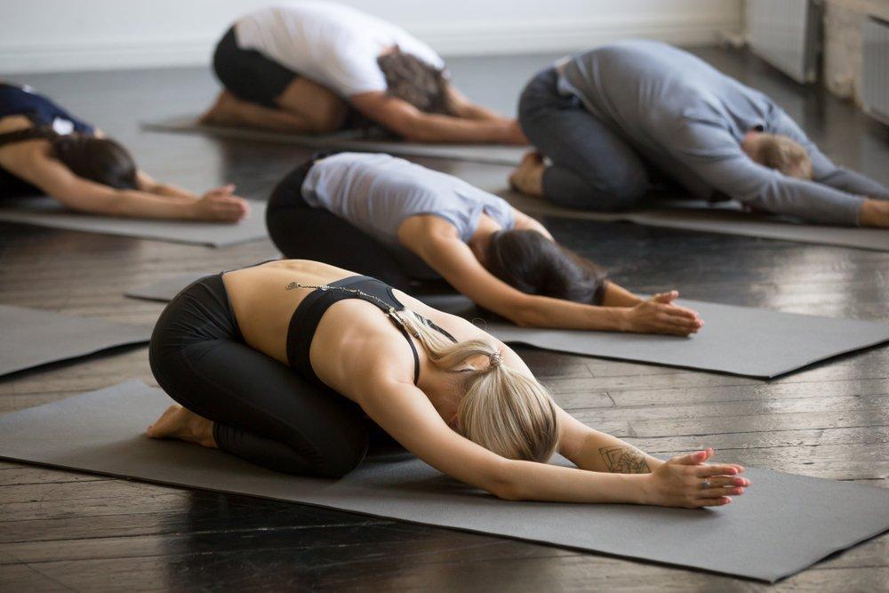 Упражнения для растяжки в домашних условиях- эффективная программа тренировок