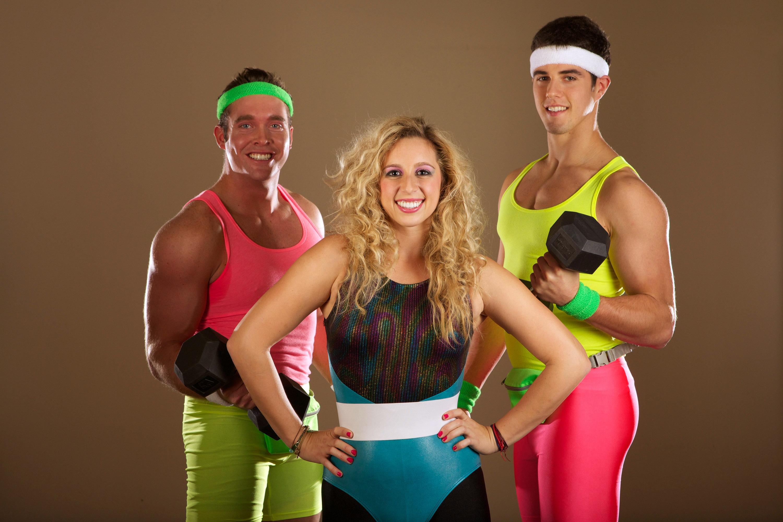 Женские спортивные костюмы: лучшие модели и бренды